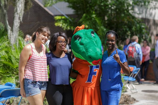 The UF College of Medicine and UF College of Nursing host a barbecue to celebrate the colleges' 60th anniversaries. Photo by Mindy C. Miller