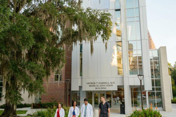 Medical students at HMEB